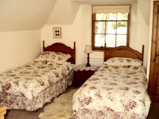 Twin-bedded bedroom